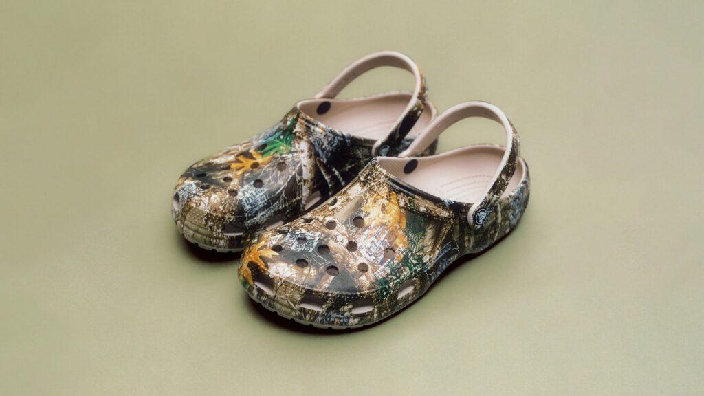 Thisisneverthat x Crocs Classic Clog Realtree
